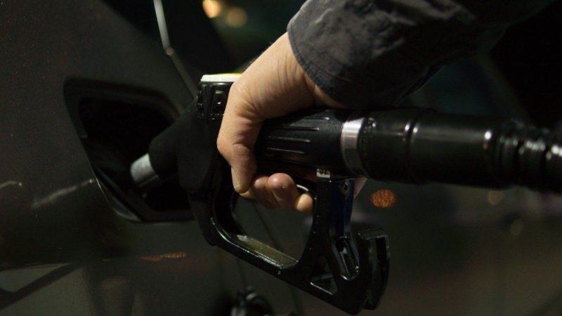Биржевые цены на бензин в Северной столице выросли почти на 10%