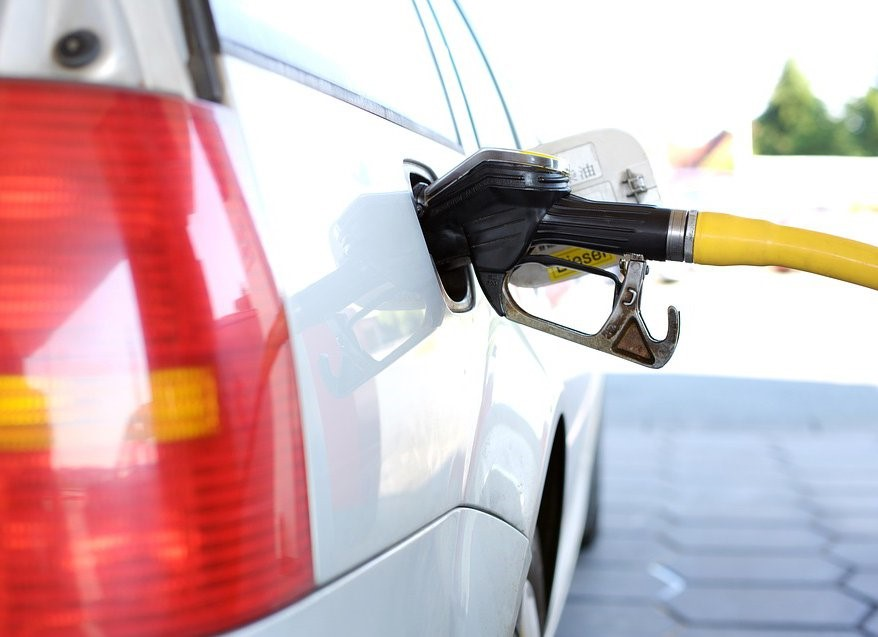 Эксперты озвучили новые цены на бензин в России