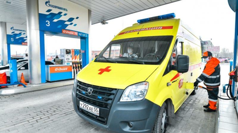«Газпром Нефть» продолжит в мае бесплатно заправлять автомобили скорой помощи в ЯНАО