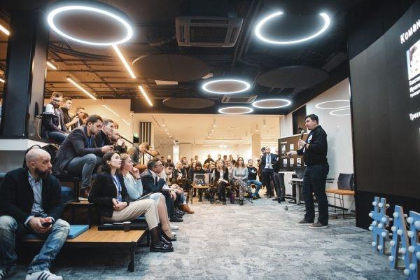 «Газпром нефть» оценивает стартапы