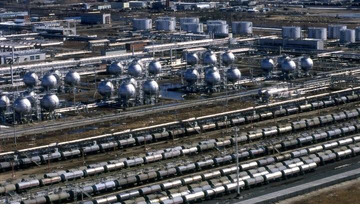 Правительство запретило импорт топлива в Россию до 1 октября