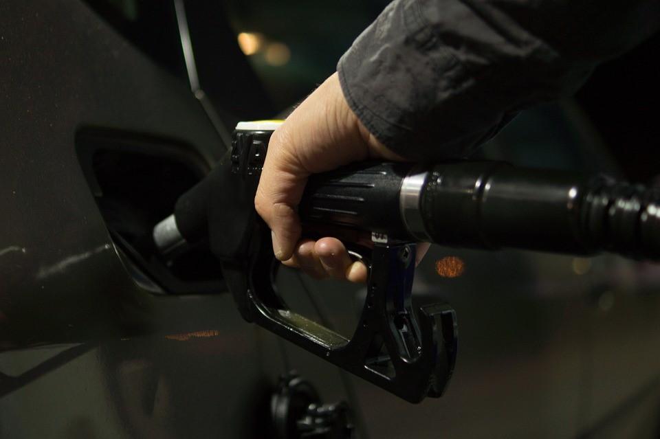 Цена бензина не меняется неделями на АЗС Бердска
