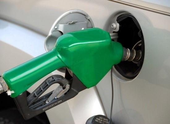 Цены на бензин поднялись в Волгоградской области