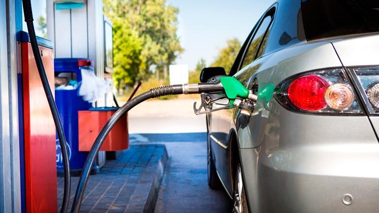 В России выросли за неделю средние цены на бензин и дизельное топливо
