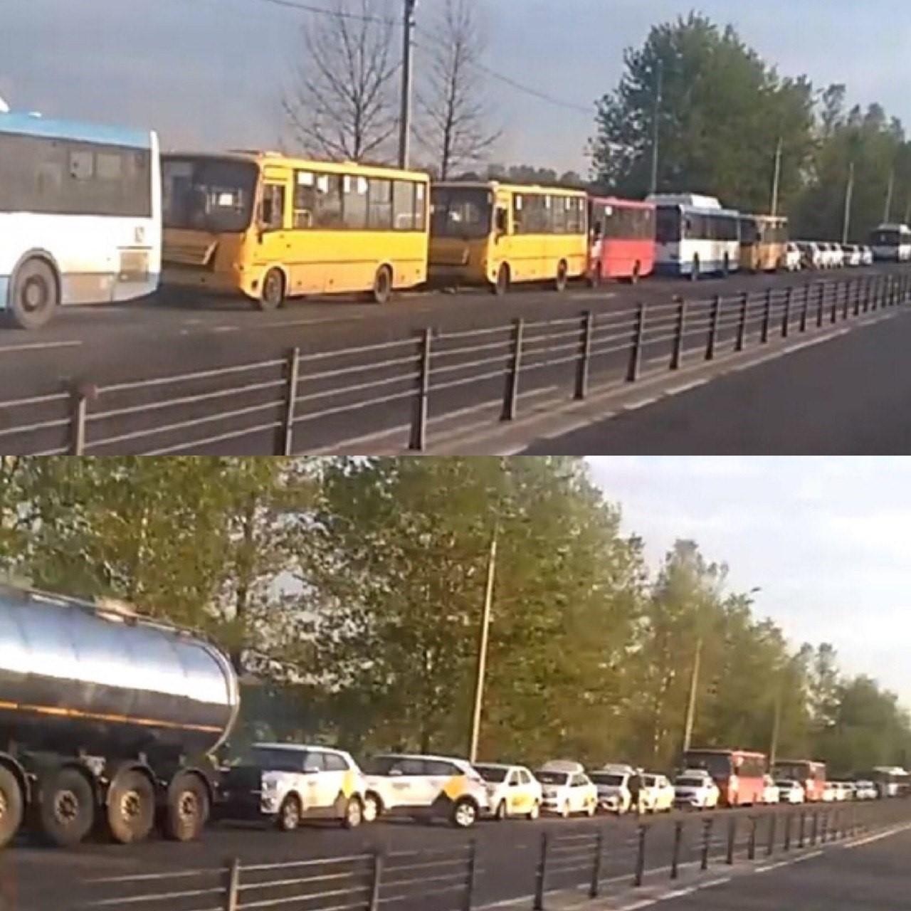 В Ярославле выстроились многокилометровые очереди на единственную автозаправку с метаном
