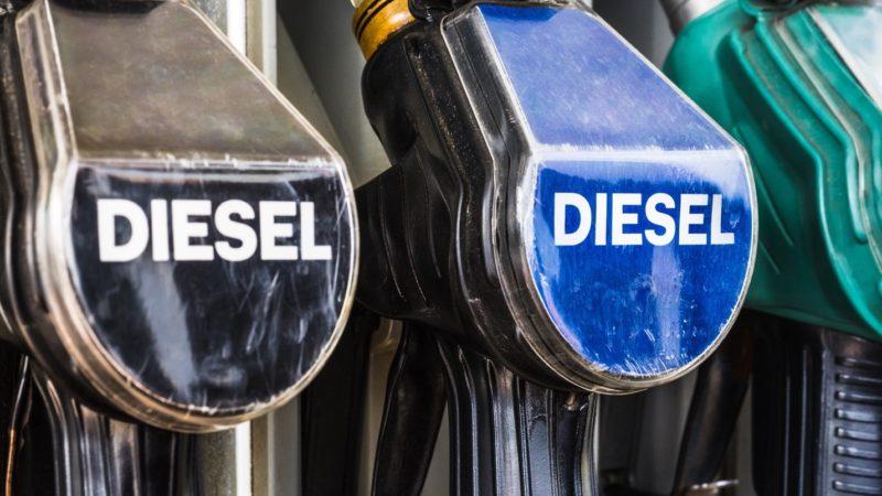 Ростов снова стал третьим в ЮФО по самой низкой цене дизельного топлива