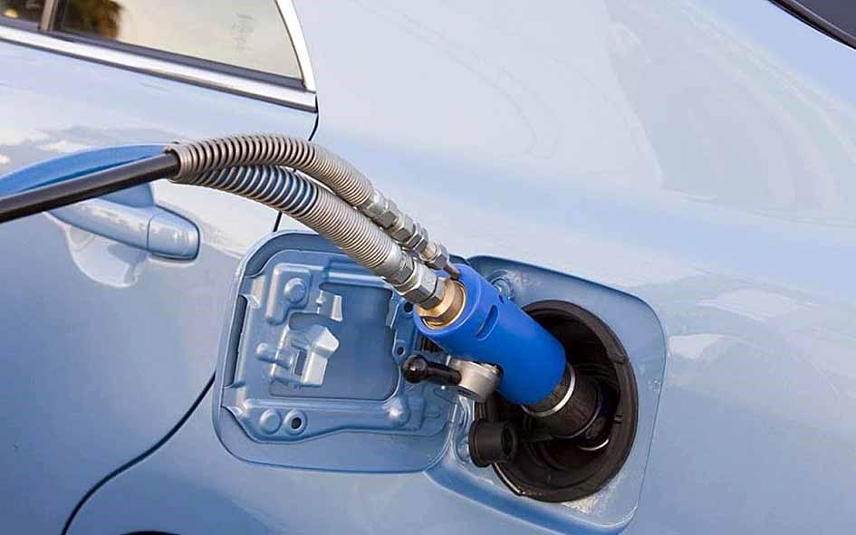 Более 40 газовых автозаправок намерены построить в Якутии к 2030 году