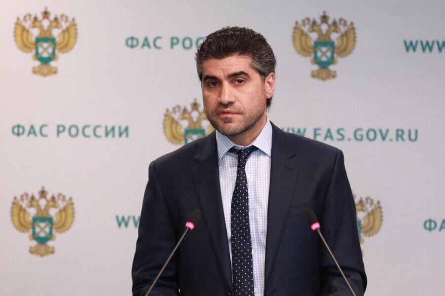 Представитель ФАС России Армен Ханян: Розничные цены на бензин и дизель не опустятся