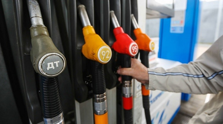 Смольный планирует за два года в три раза увеличить количество газовых автозаправок