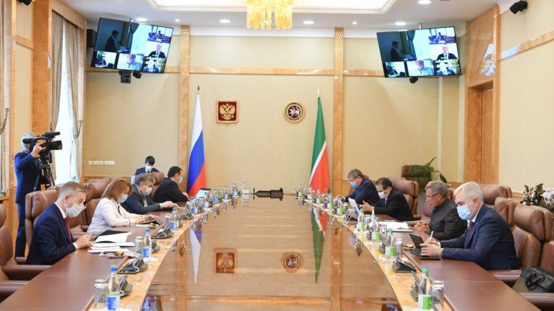 Минниханов провел заседание совета директоров «Татнефти»