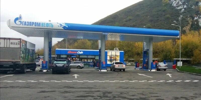В Горно-Алтайске открылась первая АЗС сети «Газпромнефть»