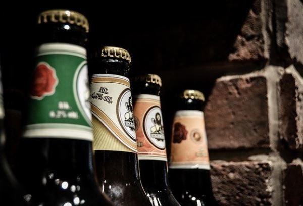 Владельцы АЗС просят отменить запрет на продажу слабоалкогольной продукции