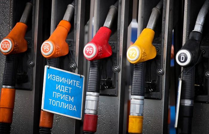 Нефтяные компании вывели продажи топлива на АЗС России на докризисный уровень
