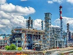 Модернизация Хабаровского завода ННК привела к дефициту бензина в регионе