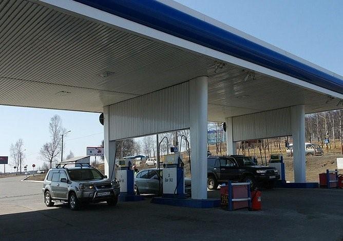 Некачественное топливо продавали на 10 заправках в Нижегородской области