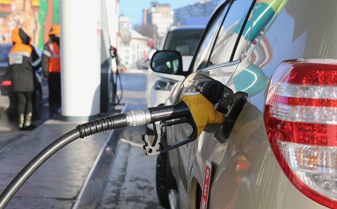 Эксперты рассчитали рост цен на бензин в случае отмены демпфера