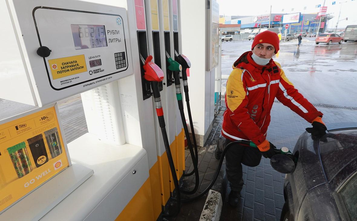 ФАС запросила информацию у владельцев АЗС о причинах роста цен на бензин