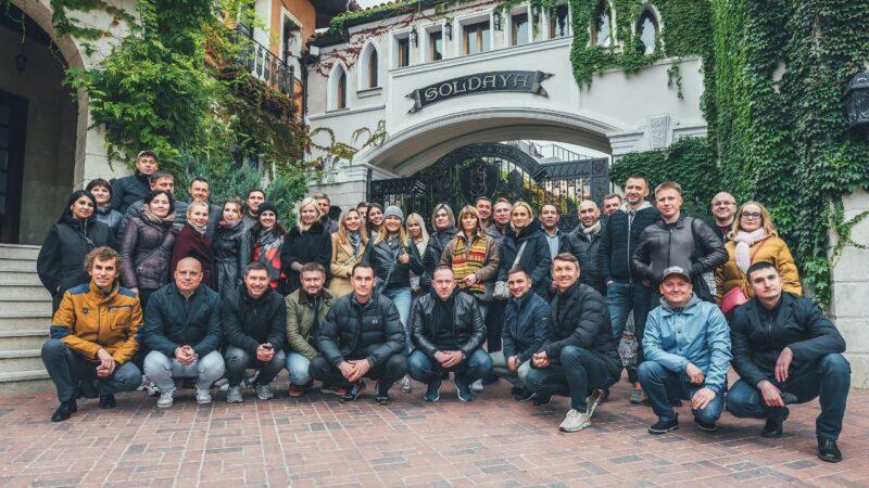 6-8 октября состоялась деловая поездка в Крым, организованная компанией SMG-Успешное развитие на тему: Успешное развитие придорожного сервиса на АЗС: обмен опытом.